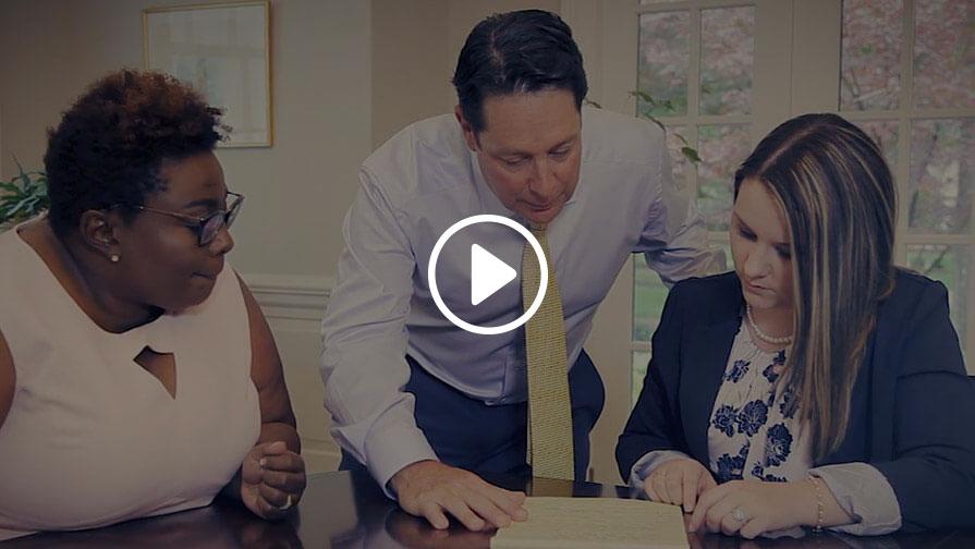 Video introductorio para los abogados de lesiones personales de Stewart Law Offices en SC