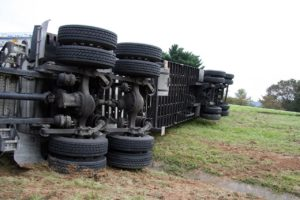 What is the average settlement for semi truck accidents